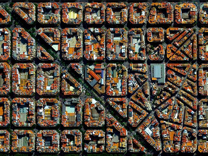 Eixample-Valencia-spain