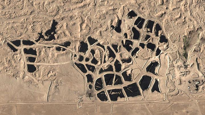Kuwait-Tire-Graveyard