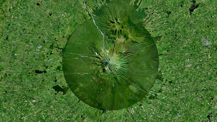 Mount-Taranaki-New-Zealand