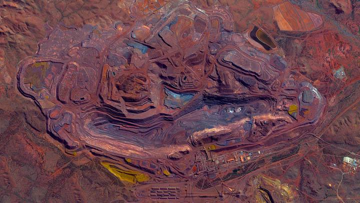 Mount-Whaleback-Iron-Ore-Mine-Pilbara-Austrialia