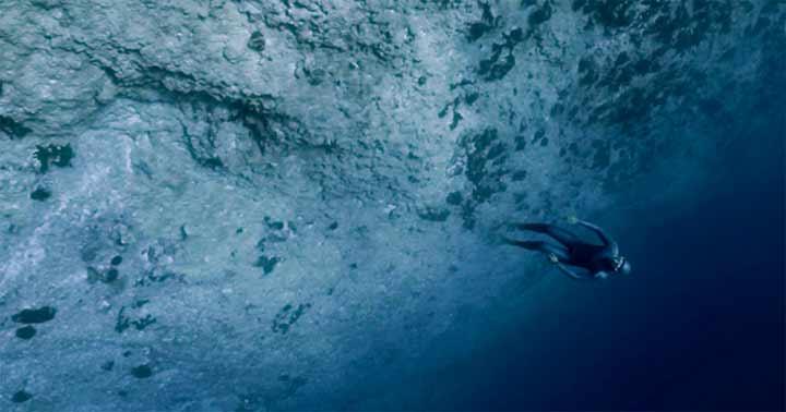 inkulte-Guillaume-Nery-apesanteur-tahiti-rangiroa-3