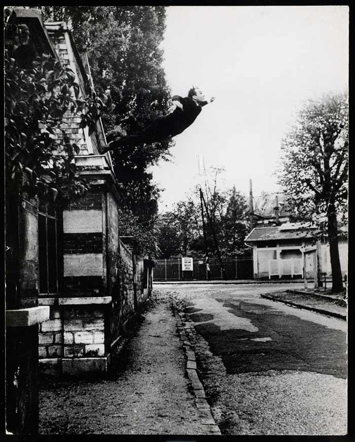 inkulte-Yves-Klein-Le-Saut-dans-le-vide-1960