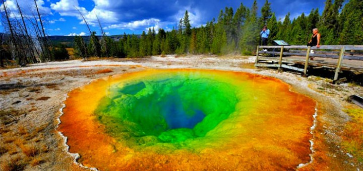 inkulte-Morning-Glory-Pool-Parc-national-de-Yellowstone-Wyoming
