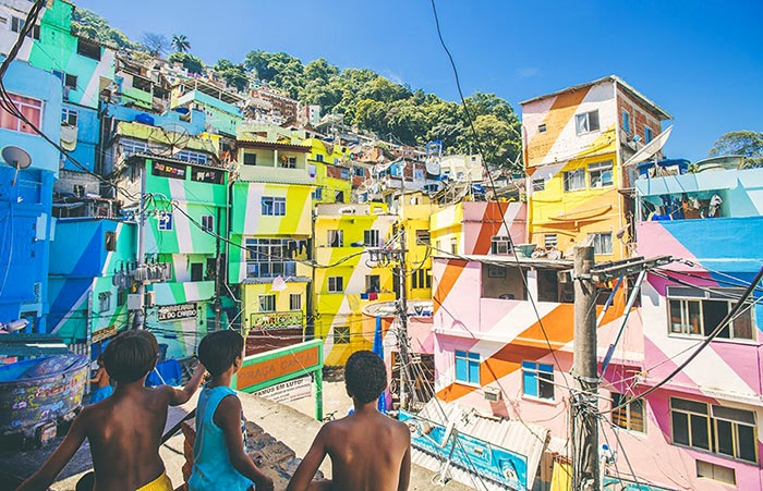 inkulte-Santa-Marta-favela-001
